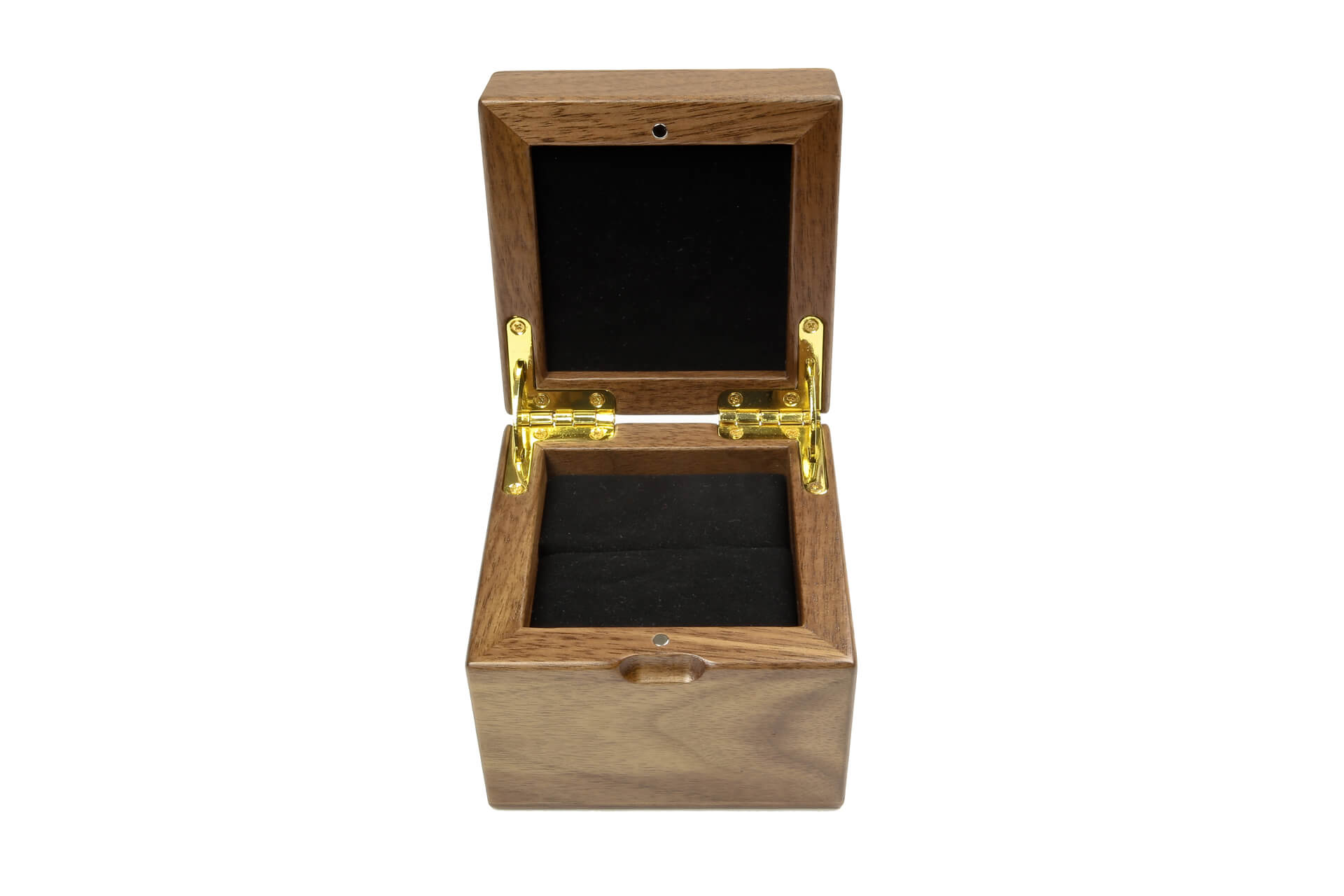 Custom jewelry boxes for retail packaging