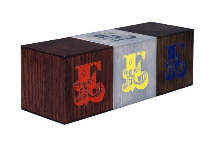 creative wooden retail display blocks