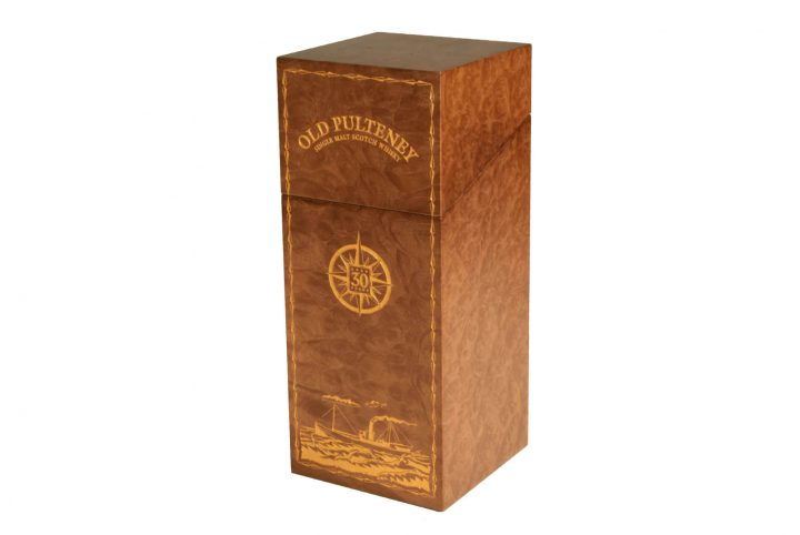 bespoke presentation box whisky packaging